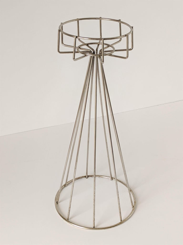 Steel 1950s Tony Paul Floor\Standing Wire Ashtray, USA For Sale