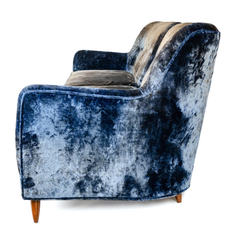 Mid-Century Modern 1950s Two-Piece Velvet Sofa in the Style of Gio Ponti For Sale