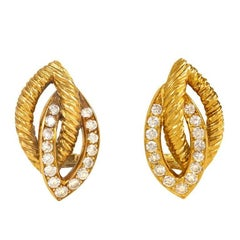 1950s Van Cleef & Arpels Openwork Gold and Diamond Clip Earrings