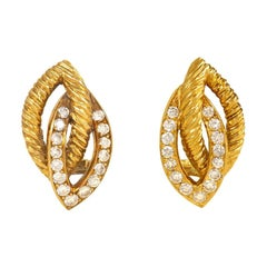 Van Cleef & Arpels 1950s Gold and Diamond Openwork Clip Earrings
