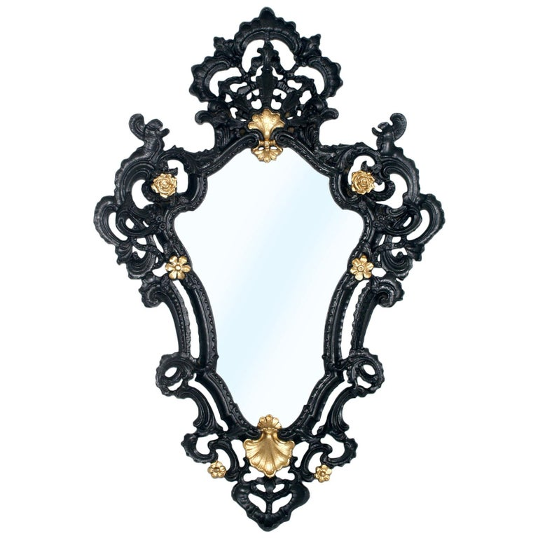 1940s Venetian Rococo Style Wall Mirror In Pressed Wood Black And Gold Laquered For Sale At 1stdibs