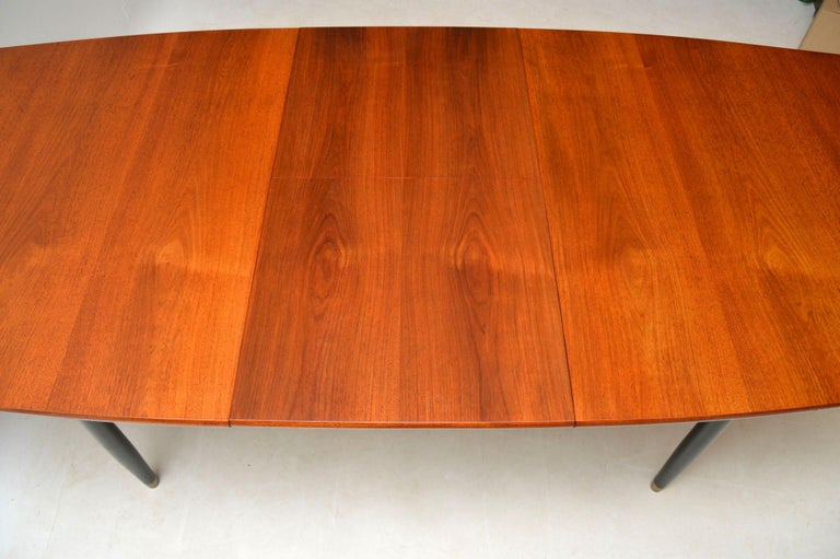 1950s Vintage Dining Table and Chairs by Robin Day for Hille In Good Condition In London, GB