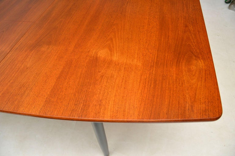 20th Century 1950s Vintage Dining Table and Chairs by Robin Day for Hille