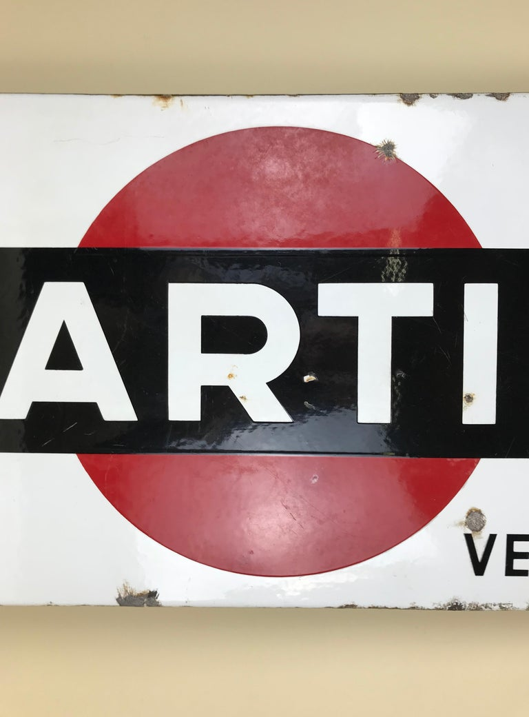 1950s Vintage Enamel Metal Belgian Advertising Martini Sign with Parking Signal In Good Condition For Sale In Milan, IT