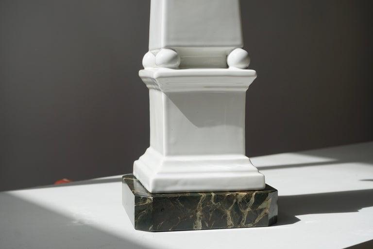 1950s Vintage Italian Neoclassical Porcelain Obelisk For Sale 5