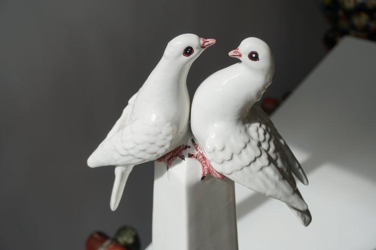 1950s Vintage Italian Neoclassical Porcelain Obelisk For Sale 4