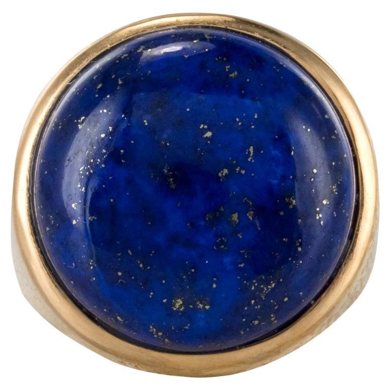 1950s Vintage Lapis Lazuli Chiseled 18 Karat Yellow Gold Signet Ring For Sale