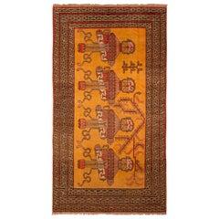 1950s Vintage Midcentury Khotan Samarkand Rug Gold Beige Medallion Pattern