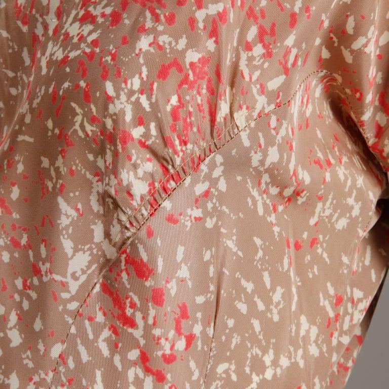 1950s Vintage Pink, Mauve + Beige 3-Piece Matching Dress/ Coat/ Belt Ensemble For Sale 6