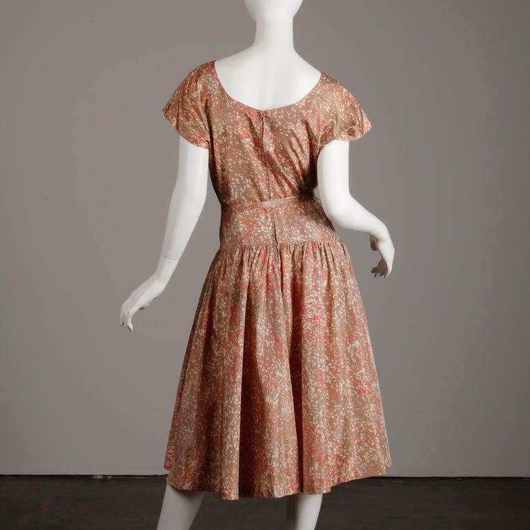 1950s Vintage Pink, Mauve + Beige 3-Piece Matching Dress/ Coat/ Belt Ensemble For Sale 9