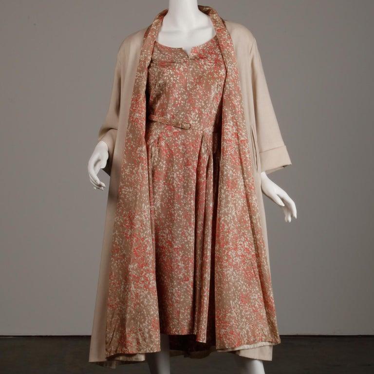 1950s Vintage Pink, Mauve + Beige 3-Piece Matching Dress/ Coat/ Belt Ensemble For Sale 2
