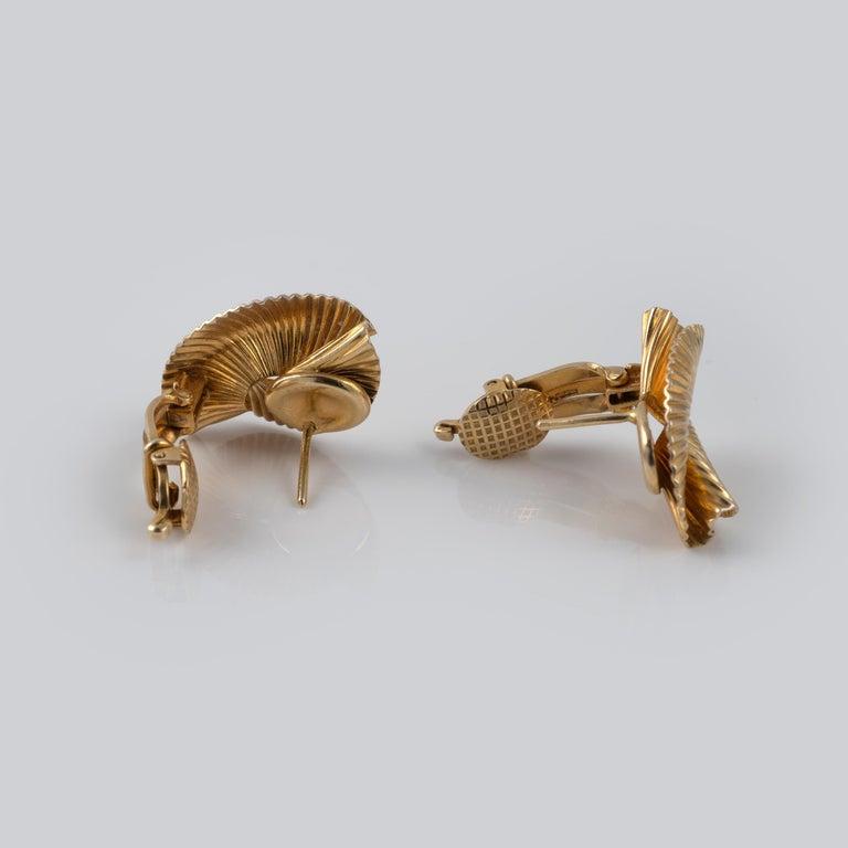 1950s Vintage Tiffany & Co 14 Karat Gold Double Fan Clip Earrings For Sale 1