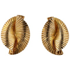 1950s Vintage Tiffany & Co 14 Karat Gold Double Fan Clip Earrings