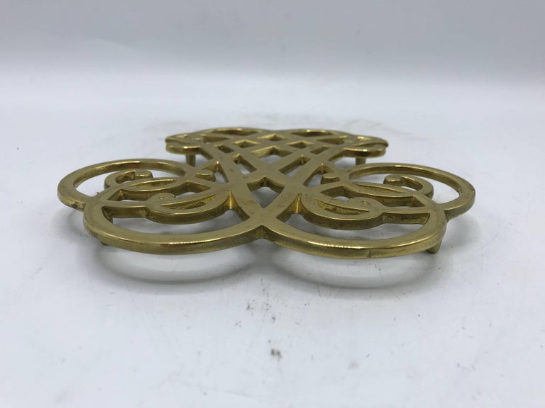 20th Century 1950s Virginia Metalcrafters Thomas Jefferson Monticello Cypher Brass Trivet For Sale