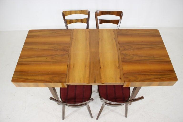 1950s Walnut Dining Set, Czechoslovakia In Good Condition For Sale In Praha, CZ