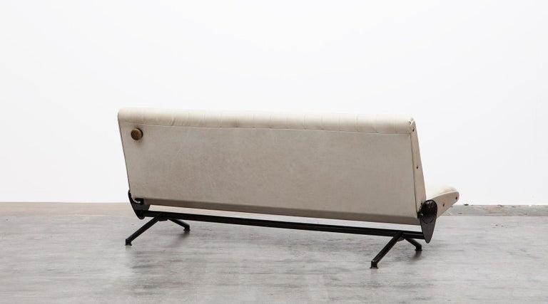 1950s White Leather Sofa by Osvaldo Borsani For Sale 1