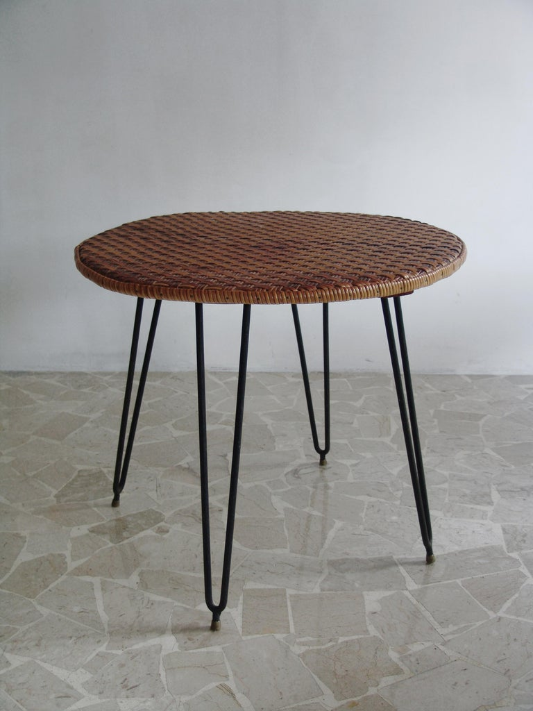 1950s, Italian Mid-Century modern wicker table, dining table and perfect for outdoor garden or patio.