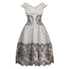 1950s Worth Couture Ivory And Fawn Lace Net Dress With Petticoat