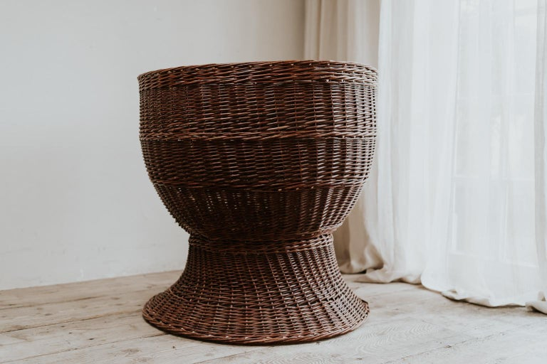 1950s Extra Large Rattan/Wicker Jardinière/Planter In Good Condition For Sale In Brecht, BE