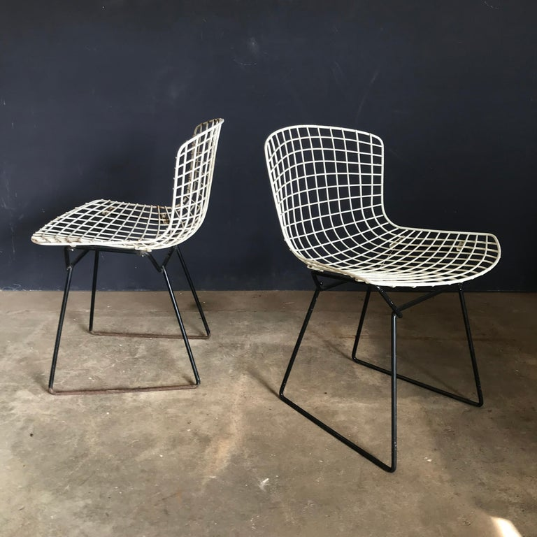 1952, Harrie Bertoia for Knoll International a Set of Wire Dining Chairs For Sale 6