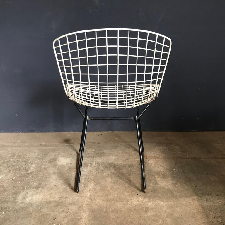 1952, Harrie Bertoia for Knoll International a Set of Wire Dining Chairs For Sale 8