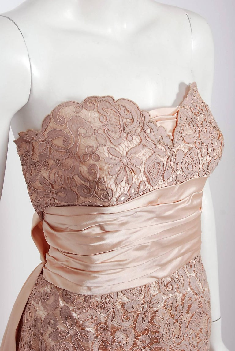 Women's Vintage 1952 Pierre Balmain Couture Pale-Pink Silk Lace Strapless Trained Gown  For Sale
