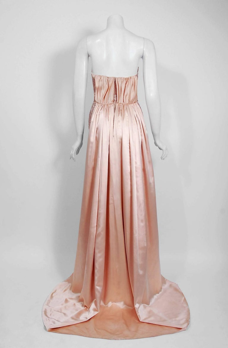 Vintage 1952 Pierre Balmain Couture Pale-Pink Silk Lace Strapless Trained Gown  For Sale 2