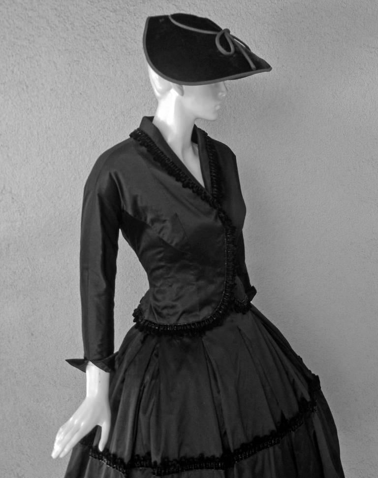 Black  1954 Christian Dior Haute Couture 'Lily of the Valley' Satin Evening Dress Suit For Sale
