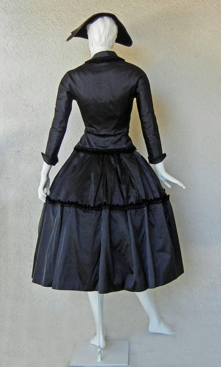 1954 Christian Dior Haute Couture 'Lily of the Valley' Satin Evening Dress Suit For Sale 2