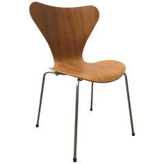 1955, Arne Jacobsen, Fritz Hansen, Butterfly Chair in Natural Cherry