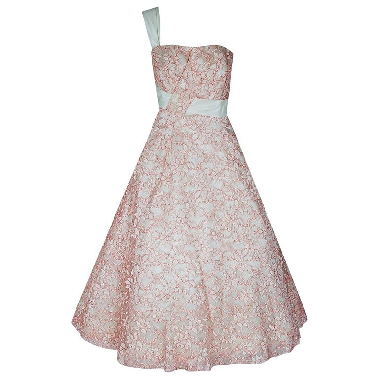 1955 Jacques Heim Haute Couture Pink White Lace One-Shoulder Full Party Dress For Sale