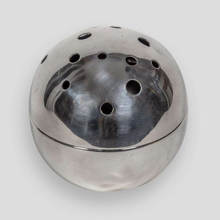 Mid-20th Century 1957 Spherical Flower Holder Silver Plated Metal by Gio Ponti for Christofle For Sale