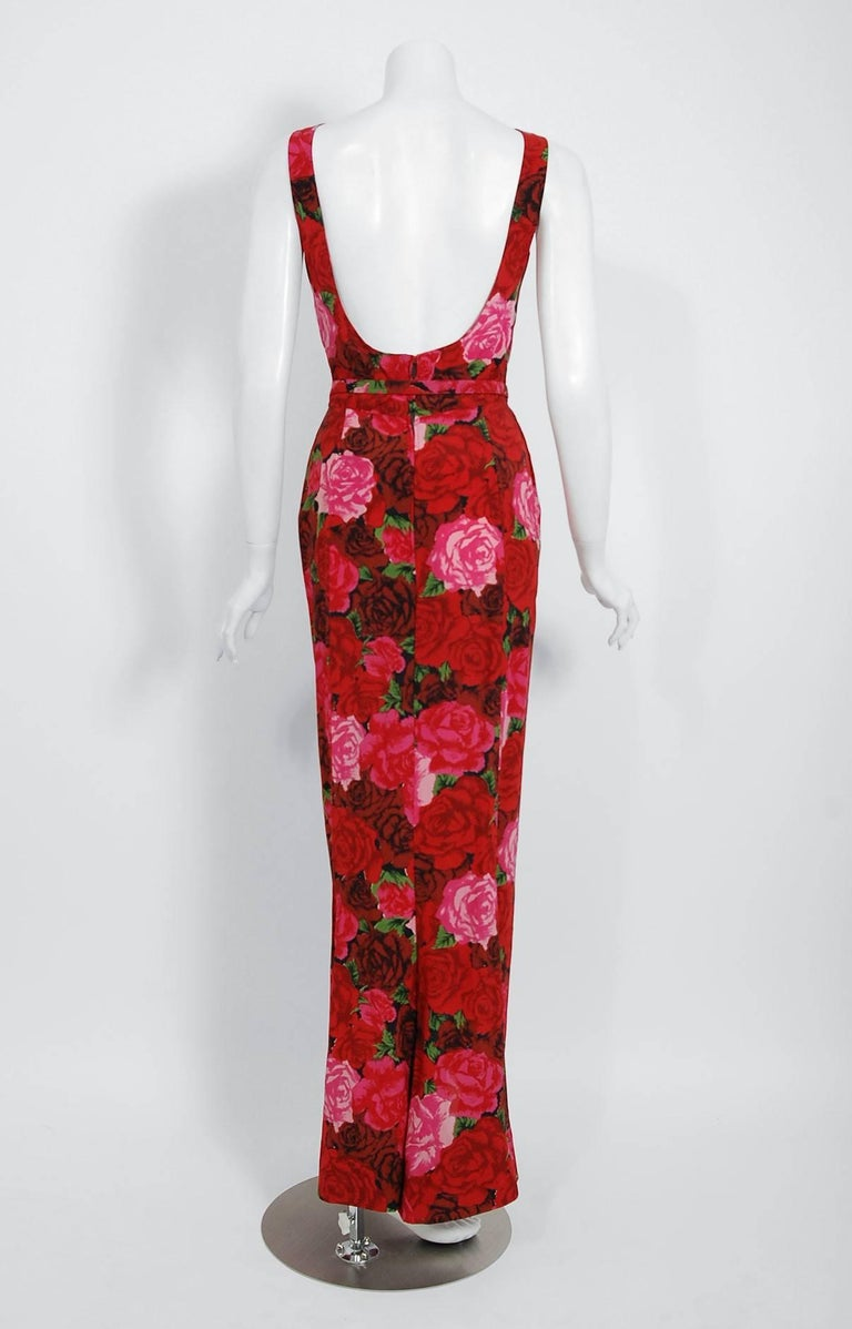 1957 Traina Norell Red and Pink Rose Garden Floral Silk Belted Backless Gown For Sale 2