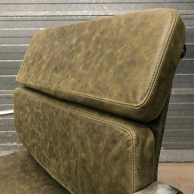 1958, Eames for Herman Miller, Early EA 207 Softpad in Green Vintage Leather For Sale 5
