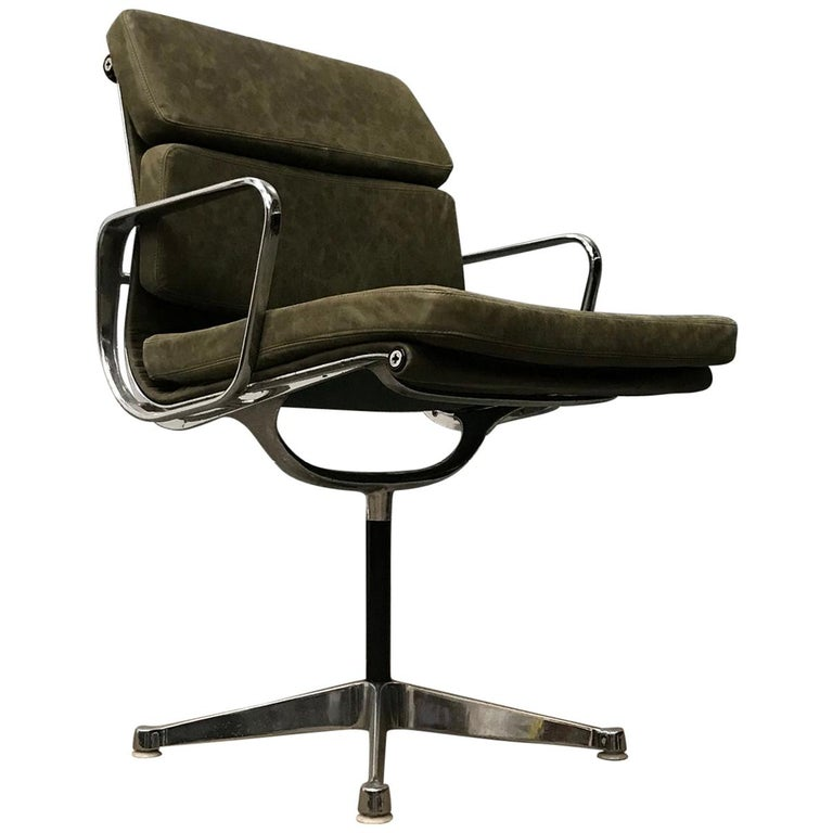 1958, Eames for Herman Miller, Early EA 207 Softpad in Green Vintage Leather For Sale