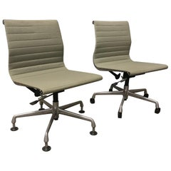 1958 Ray and Charles Eames, Fabric, Adjust, Tilt 2 Office Chair 4 Wheels No Arms