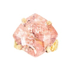 Gemjunky Dutchess 19.6 Cts Sparkling Blush Color Morganite High Mount Gold Ring