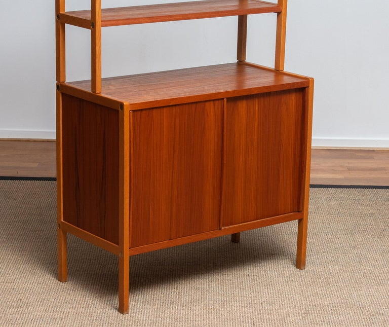 Mid-Century Modern 1960, 1 Teak / Oak and Brass Bookcase by Bertil Fridhagen for Bodafors, Sweden For Sale