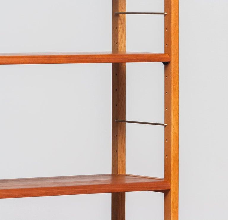 1960, 1 Teak / Oak and Brass Bookcase by Bertil Fridhagen for Bodafors, Sweden In Good Condition For Sale In Silvolde, Gelderland