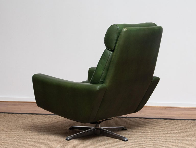 1960 Bottle Green Leather Swivel and Rocking Lounge Chair and Ottoman by Ulferts 5