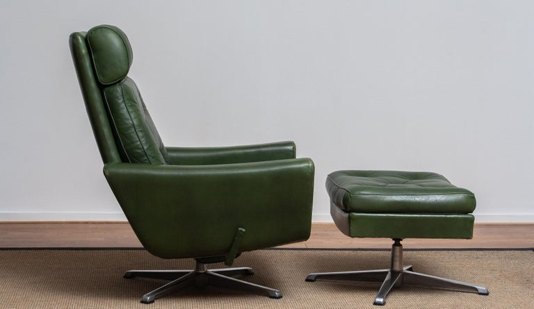 Aluminum 1960 Bottle Green Leather Swivel and Rocking Lounge Chair and Ottoman by Ulferts