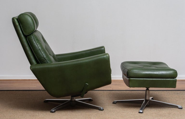 1960 Bottle Green Leather Swivel and Rocking Lounge Chair and Ottoman by Ulferts 1
