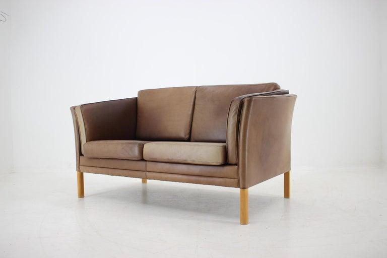1960 Danish 2-Seat Leather Sofa For Sale 1