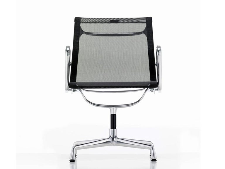 Mid-Century Modern 1960 EA 108 Charles Ray Eames Herman Miller ICF Design Swivel Chair For Sale