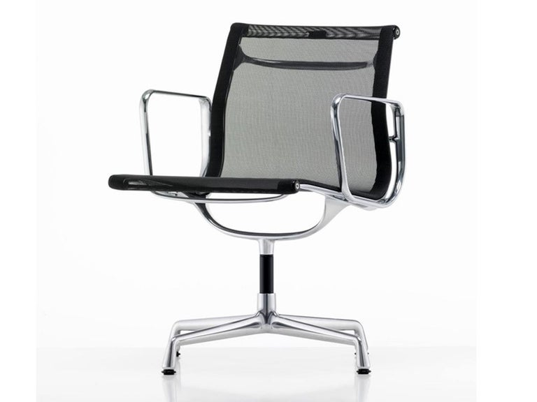 Italian 1960 EA 108 Charles Ray Eames Herman Miller ICF Design Swivel Chair For Sale