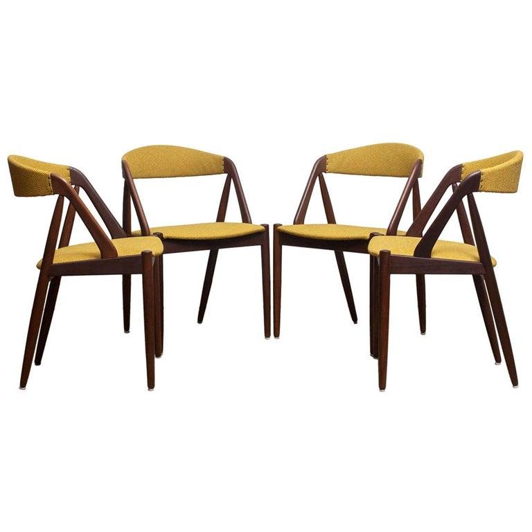 1960 Four Walnut Dining Chairs in Ochre Model 31 by Kai Kristiansen, Denmark In Excellent Condition In Silvolde, Gelderland