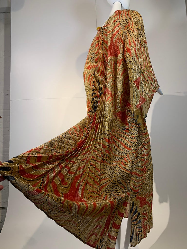 1960 Georgie Keyloun Pleated Gold Red & Black Lurex Print Caftan w/ Bell Sleeves For Sale 5