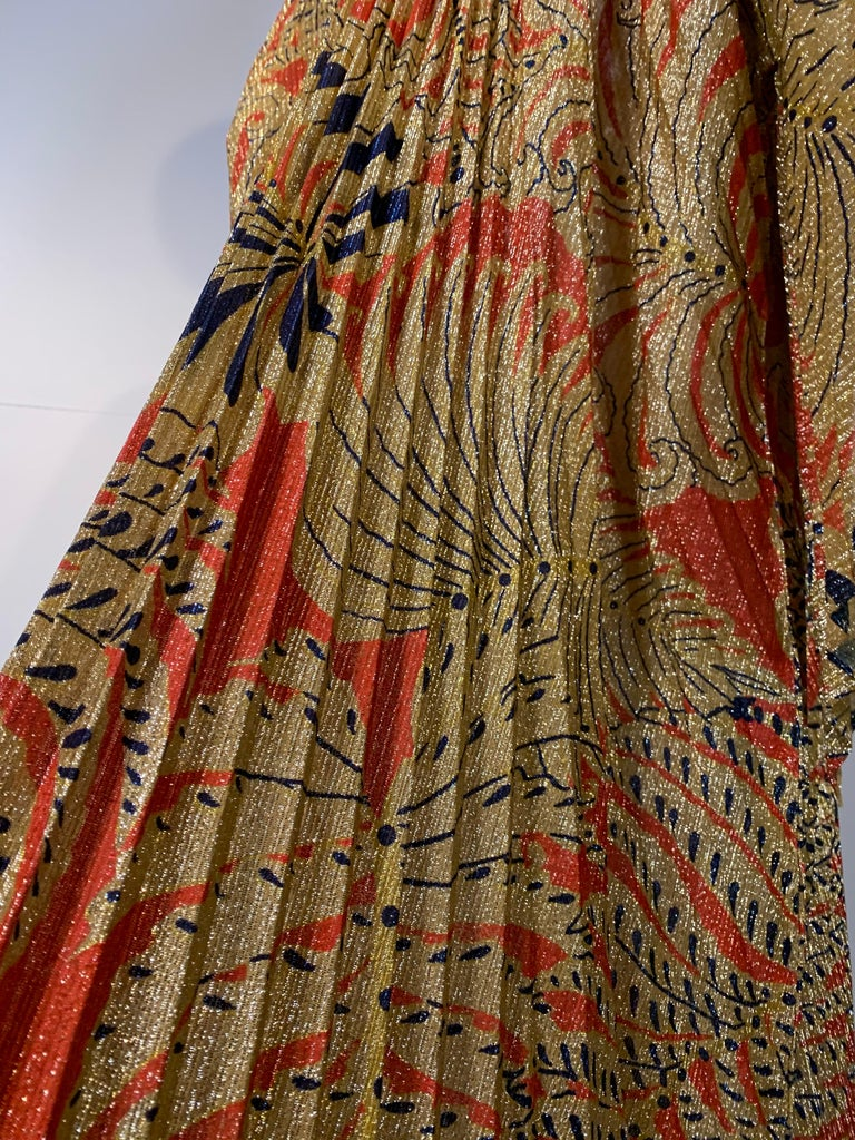 1960 Georgie Keyloun Pleated Gold Red & Black Lurex Print Caftan w/ Bell Sleeves For Sale 6