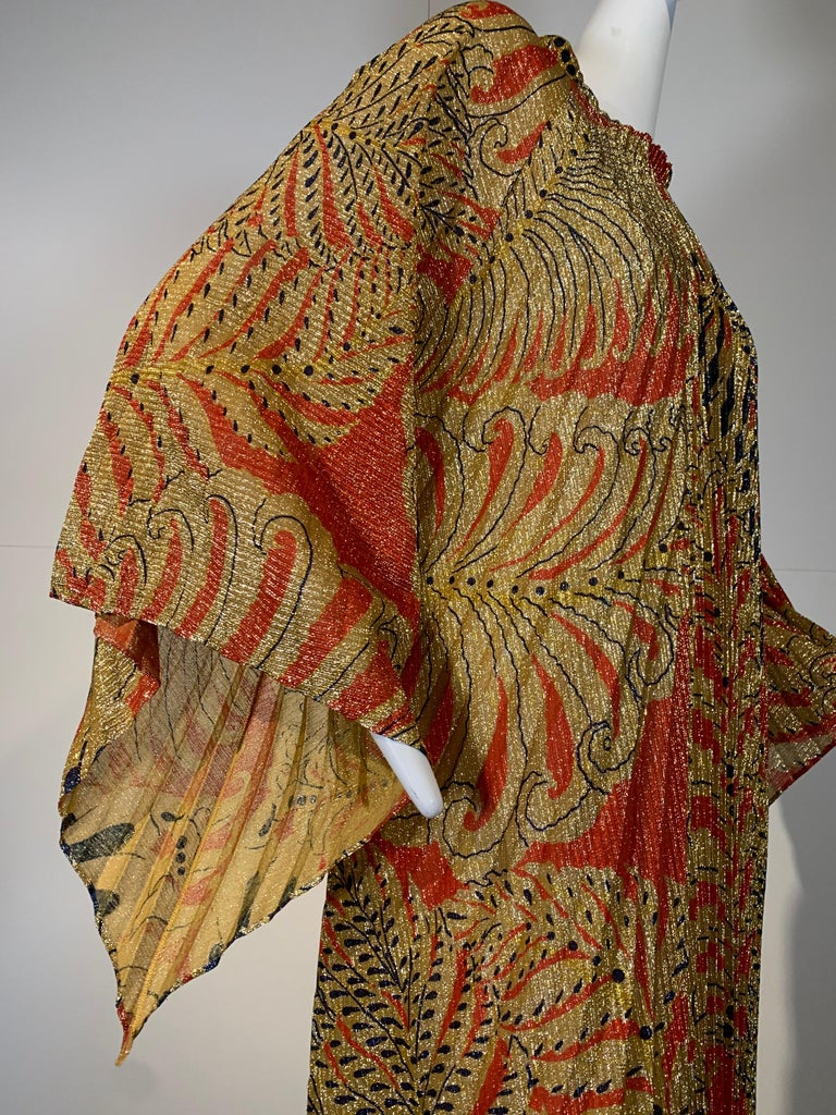 1960 Georgie Keyloun Pleated Gold Red & Black Lurex Print Caftan w/ Bell Sleeves For Sale 8