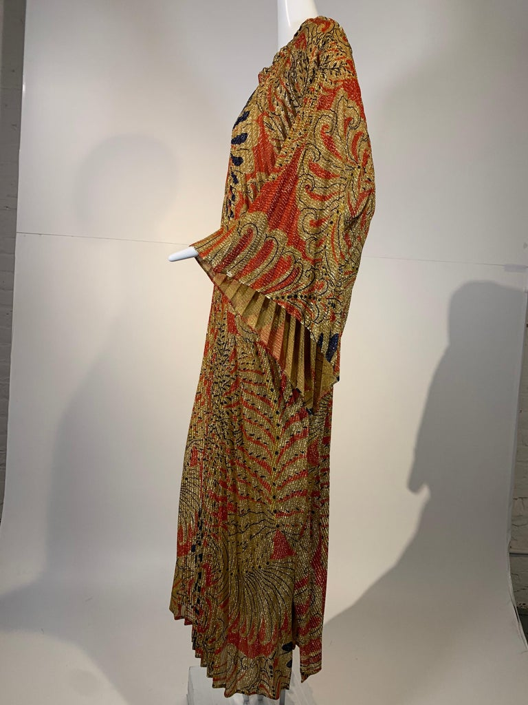 1960 Georgie Keyloun Pleated Gold Red & Black Lurex Print Caftan w/ Bell Sleeves For Sale 9
